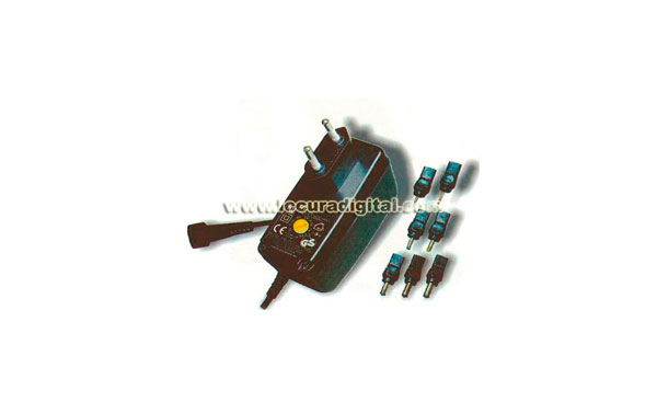 MW-8E08 Alimentador de corriente de 1500mA conmutado, con selector de voltage y multiples conexiones.